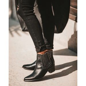 Vici Dolls Studded Booties